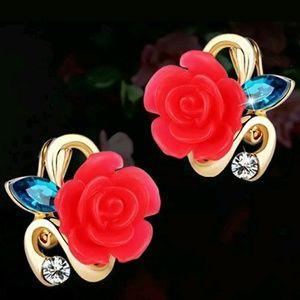 🌹Elegant Crystal Rhinestone Rose Stud Earrings🌹